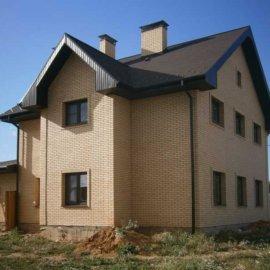коттедж дом из кирпича